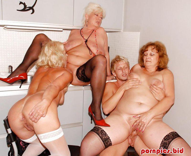 Порно фото старушек онлайн 9638 фотография